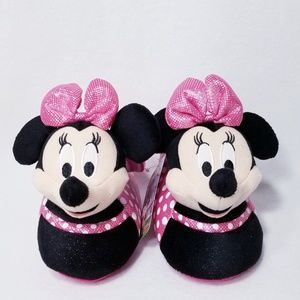 Minnie Mouse Girls' Slippers - Size M (9/10) - NWT